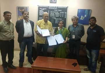 I²IT and the Poona Blind Men's Association sign MoU